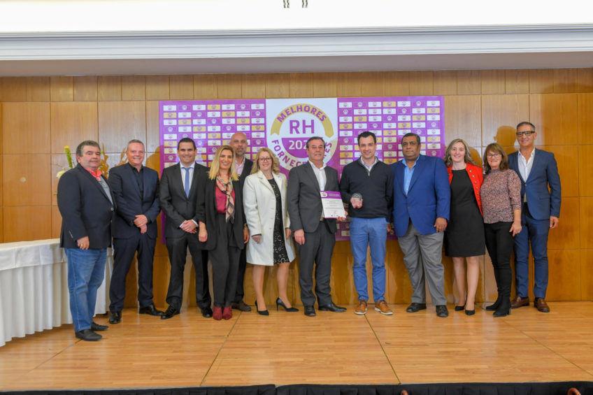 Equipa da Success Work a receber o Prémio de Melhores Fornecedores RH 2020